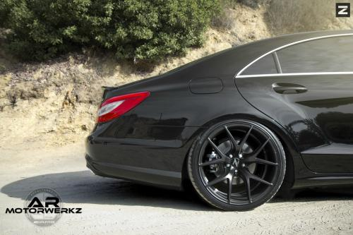 Mercedes CLS550 on Zito ZS05